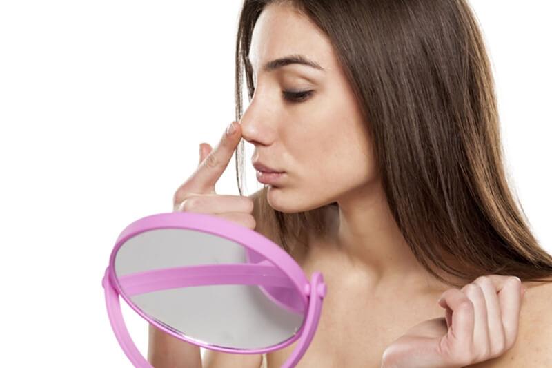 いちご鼻の治し方!イヤな黒ずみを簡単に改善する方法とは?