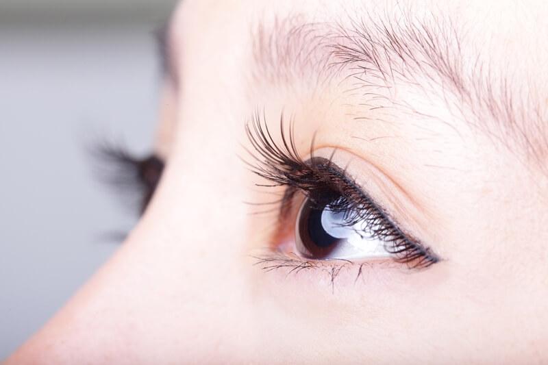 眉毛を生やす方法