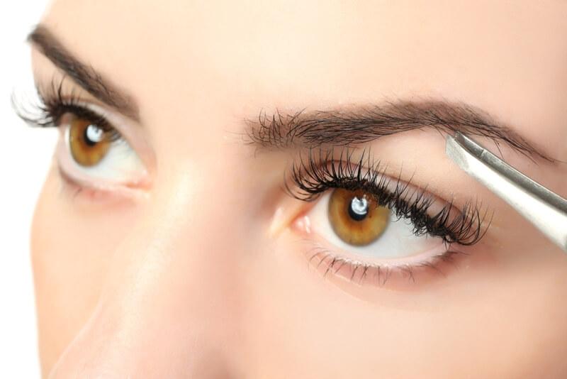眉毛が薄い原因