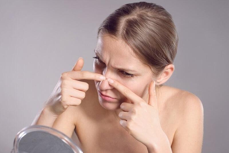 鼻のてっぺんニキビの意味やジンクス