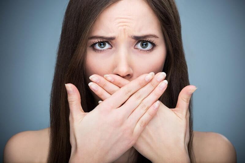 口臭の原因