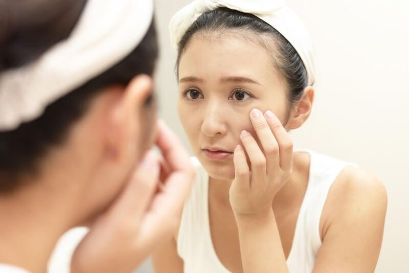 顔のたるみ改善化粧品